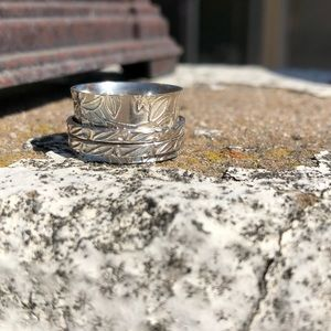 Jewelry - Spinner Sterling Silver Ring Sz 7
